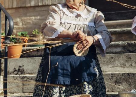 lavorazione della paglia pagliarole Acquaviva Picena