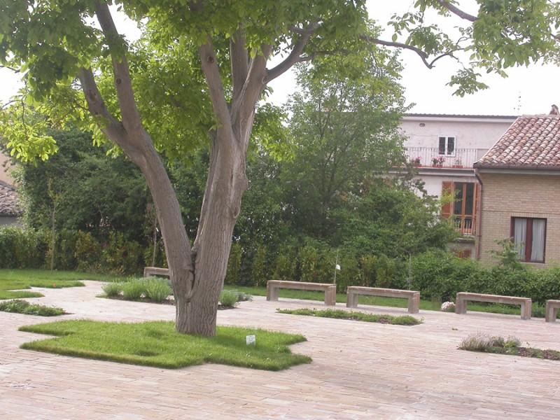 orto botanico CEA monterubbiano
